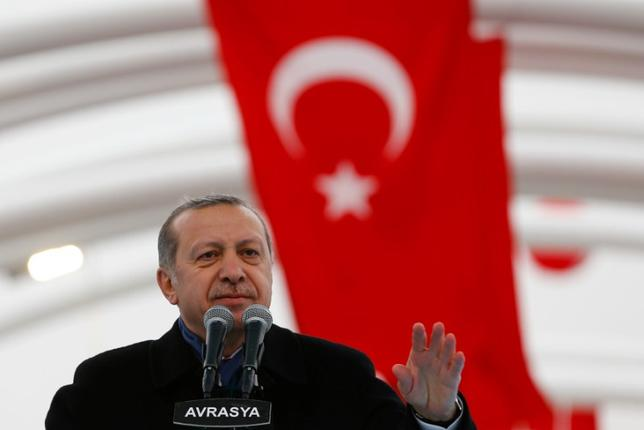 Turkish President Tayyip Erdogan makes a speech during the opening ceremony of Eurasia Tunnel in Istanbul, Turkey, December 20, 2016. REUTERS/Murad Sezer