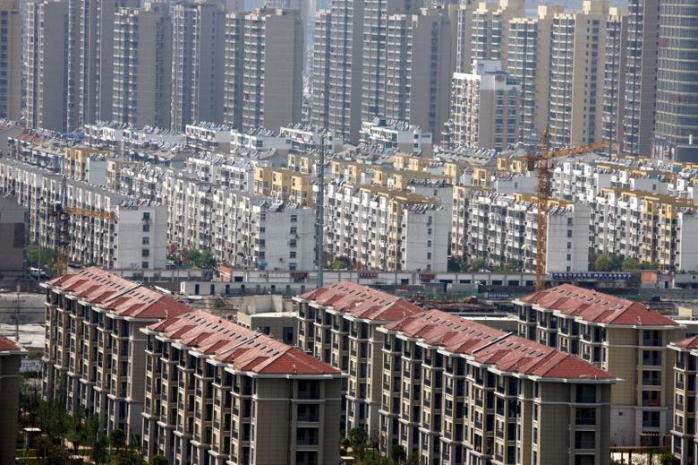 Buildings of a residential compound are seen in Huaibei, Anhui Province, China, April 18, 2016. REUTERS/China Daily