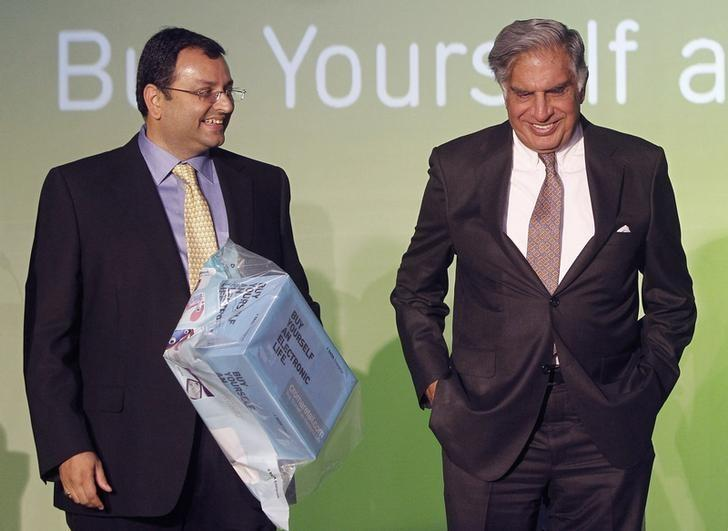 Ratan Tata (R) and Cyrus Mistry attend the launch of a new website for tech superstore Croma, managed by Infiniti Retail, a part of the Tata Group, in Mumbai, April 23, 2012. REUTERS/Vivek Prakash/File Photo