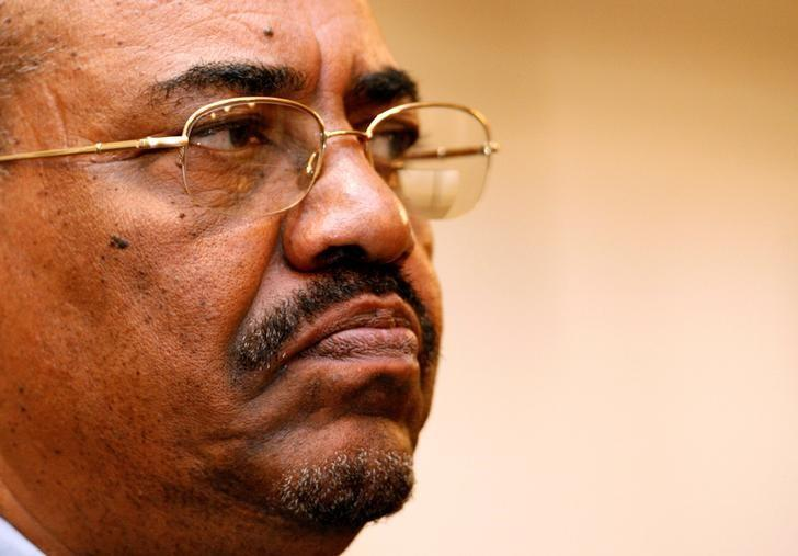 Sudanese President Omar Hassan al-Bashir addresses a news conference in Cape Town South Africa, November 7, 2007. Picture taken November 7, 2007. REUTERS/Mike Hutchings/File Photo