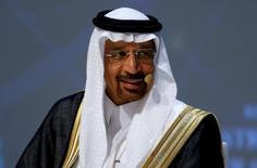 El ministro de energía saudita, Khalid al-Falih, durante un congreso en Estambul. 10 de octubre de 2016.Arabia Saudita destacó el lunes la importancia de la cooperación entre los grandes productores de petróleo, a fin de cumplir con el acuerdo alcanzado en noviembre para reducir el bombeo global.REUTERS/Murad Sezer