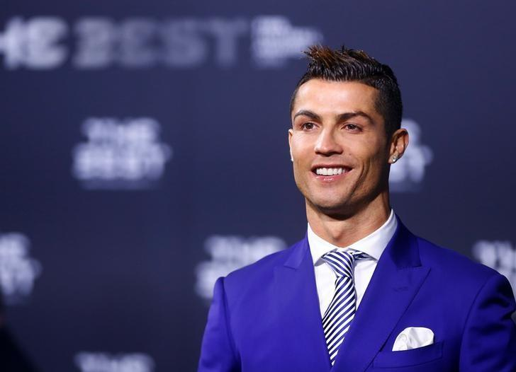 Football Soccer - FIFA Awards Ceremony - Zurich, Switzerland - 09/01/17.  Real Madrid's Cristiano Ronaldo arrives at the ceremony.  REUTERS/Arnd Wiegmann