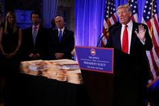 Presidente eleito dos EUA, Donald Trump, durante entrevista coletiva. 11/01/2017. REUTERS/Shannon Stapleton