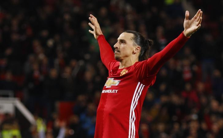 Britain Football Soccer - Manchester United v West Ham United - EFL Cup Quarter Final - Old Trafford - 30/11/16 Manchester United's Zlatan Ibrahimovic celebrates scoring their fourth goal  Reuters / Phil Noble