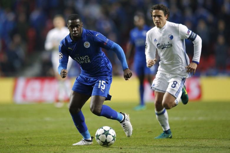 Football Soccer - FC Copenhagen v Leicester City - UEFA Champions League Group Stage - Group G - Parken Stadion, Copenhagen, Denmark  - 2/11/16 Leicester City's Jeffrey Schlupp in action with FC Copenhagen's Thomas Delaney  Action Images via Reuters / Andrew Couldridge