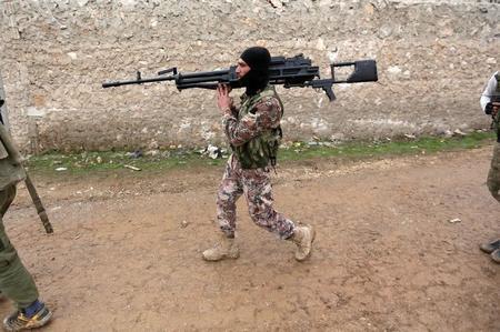 تركيا تقول طائرات روسية هاجمت أهدافا للدولة الإسلامية جنوبي الباب