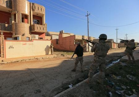 العراق يعول على المستشارين الامريكان في الحرب ضد داعش  ?m=02&d=20170119&t=2&i=1169371541&w=450&fh=&fw=&ll=&pl=&sq=&r=LYNXMPED0I1H9