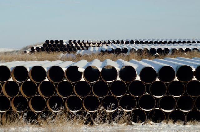 FILE PHOTO --  A depot used to store pipes for Transcanada Corp's planned Keystone XL oil pipeline is seen in Gascoyne, North Dakota November 14, 2014.  REUTERS/Andrew Cullen/File Photo