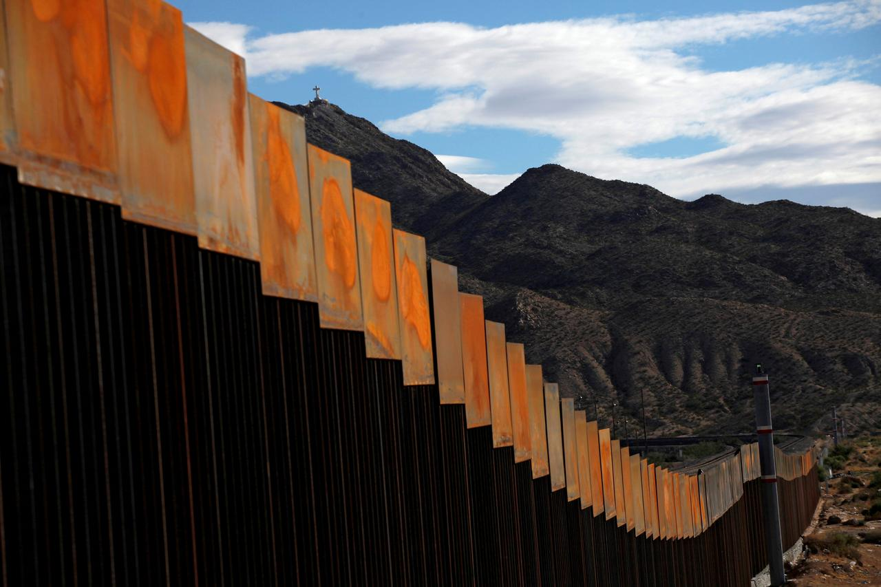 Border tubing martin supply company inc - File Photo A General View Shows A Newly Built Section Of The U S Mexico Border Wall At Sunland Park U S Opposite The Mexican Border City Of Ciudad