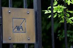 Axa n'est pas intéressé par un rachat de son concurrent italien Assicurazioni Generali, selon le directeur général de l'assureur français, Thomas Buberl, cité mercredi par l'agence de presse allemande DPA. /Photo prise le 4 août 2016/REUTERS/Jacky Naegelen