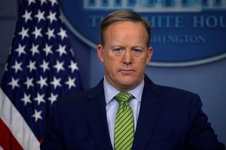 White House Communications Director Sean Spicer holds the daily press briefing at the White House in Washington, U.S. February 2, 2017. REUTERS/Jonathan Ernst