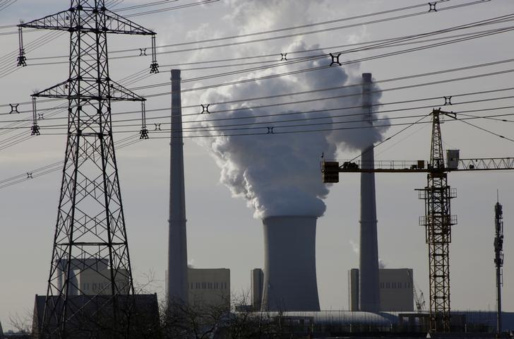 A coal-fired power plant is pictured near a construction site in Beijing, China, December 9, 2016. REUTERS/Jason Lee/File Photo