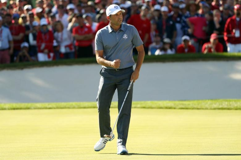 Oct 2, 2016; Chaska, MN, USA;  Sergio Garcia of Spain reacts to a putt on the 15th green during the single matches in 41st Ryder Cup at Hazeltine National Golf Club. Mandatory Credit: Rob Schumacher-USA TODAY Sports  / Reuters