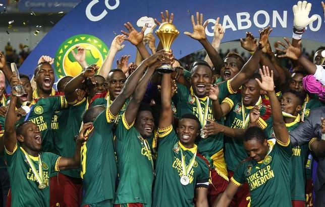 2月5日、サッカーのアフリカ選手権はガボンの首都リーブルビルで決勝を行い、カメルーンがエジプトを2─1で下して2002年大会以来、5度目の優勝を飾った(2017年 ロイター)