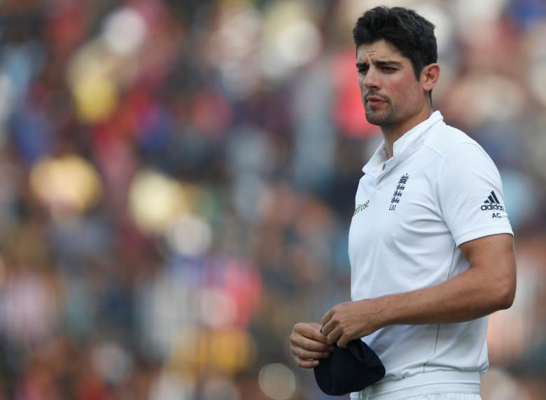 Cricket - India v England - Fifth Test cricket match - M A Chidambaram Stadium, Chennai, India - 20/12/16. England's captain Alastair Cook stands in field after losing the test series. REUTERS/Danish Siddiqui