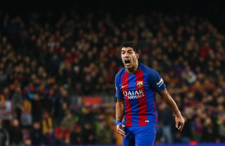 Football Soccer - Barcelona v Real Sociedad - Spanish King's Cup - Camp Nou Stadium, Barcelona Spain - 26/01/17 Barcelona's Luis Suarez reacts during the match.     REUTERS/Juan Medina