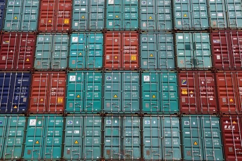A stack of shipping containers are pictured in the Port of Miami in Miami, Florida, U.S., May 19, 2016.   REUTERS/Carlo Allegri -