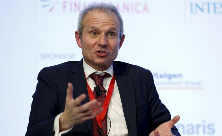 Britain's Minister for Europe David Lidington speaks during the ''Rome 2015 MED, Mediterranean dialogues'' forum in Rome, Italy, December 10, 2015. REUTERS/Remo Casilli/File Photo