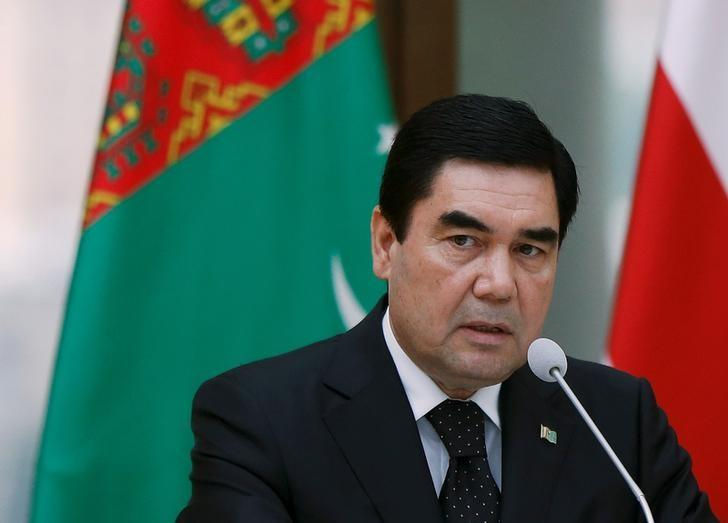 Turkmenistan's President Kurbanguly Berdymukhamedov speaks at a news briefing in Tbilisi, Georgia, July 2, 2015. REUTERS/David Mdzinarishvili/File Photo