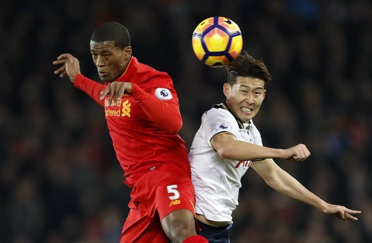 Britain Soccer Football - Liverpool v Tottenham Hotspur - Premier League - Anfield - 11/2/17 Liverpool's Georginio Wijnaldum in action with Tottenham's Son Heung-min Action Images via Reuters / Carl Recine Livepic