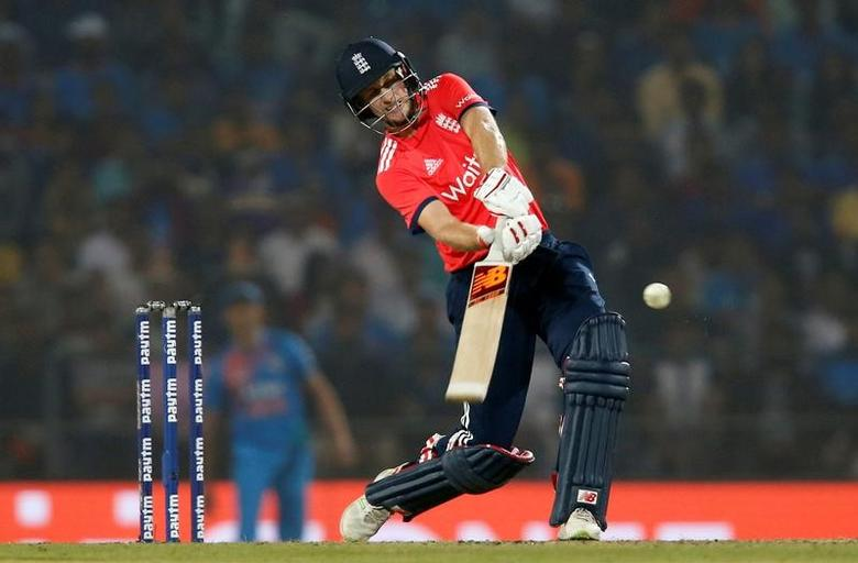 Cricket - India v England - Second T20 International - Vidarbha Cricket Association Stadium, Nagpur, India - 29/01/17. England's Joe Root plays a shot. REUTERS/Danish Siddiqui - RTSXXD1
