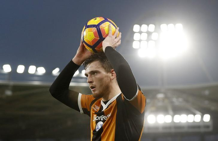 Football Soccer Britain - Hull City v Crystal Palace - Premier League - The Kingston Communications Stadium - 10/12/16 Hull City's Andrew Robertson taking a throw in Action Images via Reuters / Lee Smith Livepic/ Files