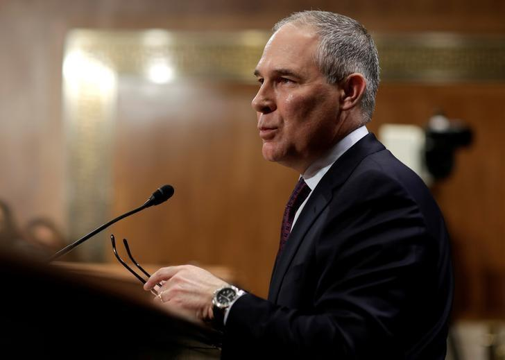 Oklahoma Attorney General Scott Pruitt testifies before a Senate Environment and Public Works Committee confirmation hearing on his nomination to be administrator of the Environmental Protection Agency in Washington, U.S., January 18, 2017. REUTERS/Joshua Roberts/Files