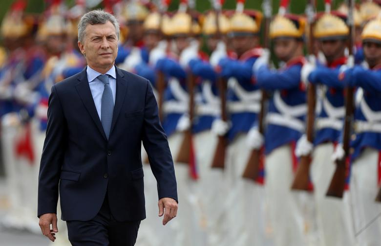 Argentine's President Mauricio Macri reviews an honor guard before meeting with his Brazilian counterpart Michel Temer at the Planalto Palace in Brasilia, Brazil February 7, 2017. REUTERS/Adriano Machado