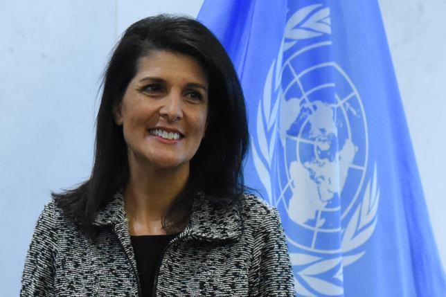 2月16日、ニッキー・ヘイリー米国連大使(写真)は、イスラエルとパレスチナの紛争解決策として米国はこれまで通り「2国家共存」案を支持すると述べた。写真はニューヨークで1月撮影(2017年 ロイター/Stephanie Keith)
