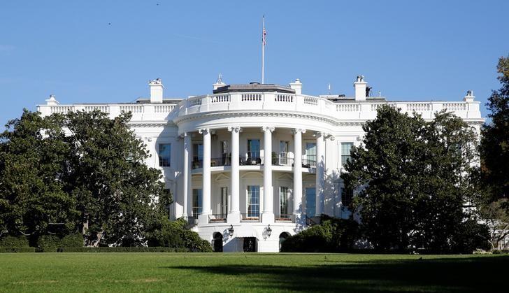 图为2016年11月拍摄的美国白宫。REUTERS/Kevin Lamarque