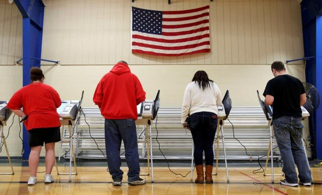 File Photo: Voters cast their votes during the U.S. presidential election in Elyria, Ohio, U.S. November 8, 2016.  REUTERS/Aaron Josefczyk/File Photo