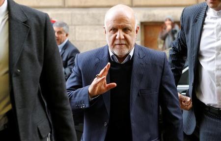 إيران توقع عقدا مع روسيا لبيع 100 ألف ب/ي من النفط