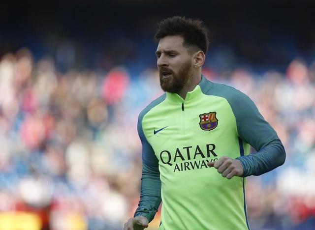 برشلونة يقهر أتلتيكو مدريد بثنائية ويعتلي صدارة بالدوري الاسباني