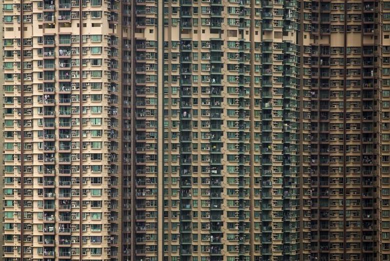 Private housing blocks are seen in Hong Kong, China December 15, 2015.   REUTERS/Tyrone Siu/File Photo