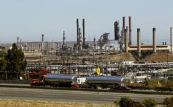 Chevron Corp's refinery is shown in Richmond, California August 7, 2012.  REUTERS/Robert Galbraith/File Photo