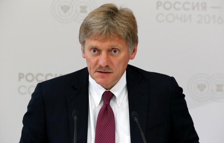 Kremlin spokesman Dmitry Peskov speaks during a news briefing on the sidelines of the Russia-ASEAN summit in Sochi, Russia, May 19, 2016. REUTERS/Sergei Karpukhin/Files