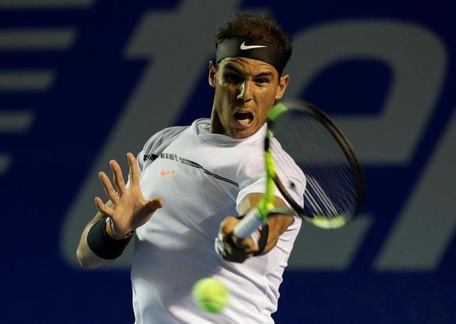 3月3日、テニスのメキシコ・オープン、男子シングルス準決勝で第2シードのラファエル・ナダル(写真)は第3シードのマリン・チリッチに6─1、6─2で快勝した(2017年 ロイター/Henry Romero)