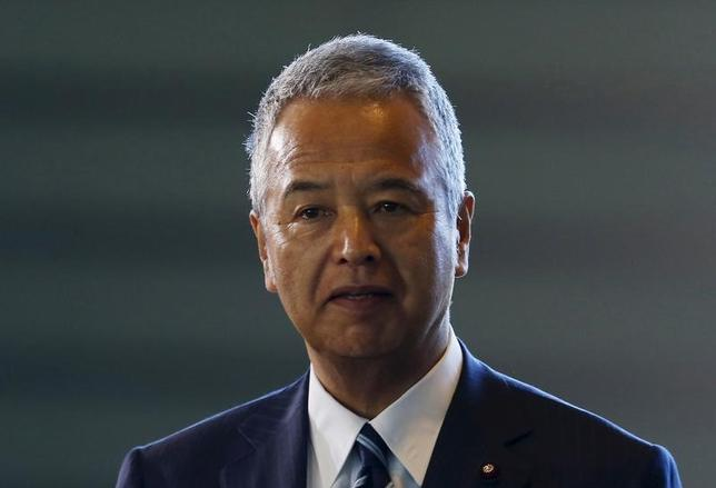 3月6日、自民党の甘利明前経済再生担当相は、ロイターのインタビューで、4月開催で調整している日米経済対話に関し、世界を視野にした戦略的な協議が必要との見方を示した。写真は都内で2015年10月撮影(2017年 ロイター/Yuya Shino)
