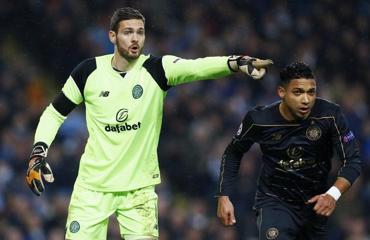 Britain Football Soccer - Manchester City v Celtic - UEFA Champions League Group Stage - Group C - Etihad Stadium, Manchester, England - 6/12/16 Celtic's Craig Gordon  Action Images via Reuters / Jason Cairnduff Livepic