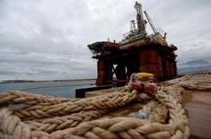 Plataforma de petróleo no Porto do Açu, em São João da Barra (RJ). 07/06/2016  REUTERS/Ricardo Moraes