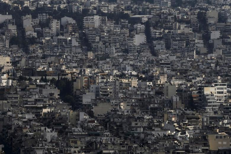A view shows the cityscape of Athens, Greece, October 18, 2015. REUTERS/Alkis Konstantinidis/File Photo
