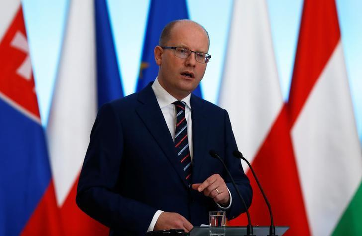 Visegrad Group (V4) member nation Czech Republic's Prime Minister Bohuslav Sobotka speaks at a news conference during a summit in Warsaw, Poland March 2, 2017.  REUTERS/Kacper Pempel