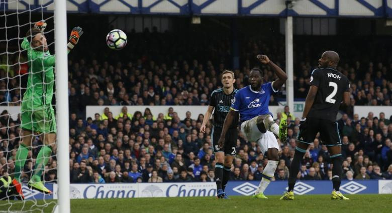 Britain Football Soccer - Everton v West Bromwich Albion - Premier League - Goodison Park - 11/3/17 Everton's Romelu Lukaku scores their third goal  Action Images via Reuters / Craig Brough Livepic