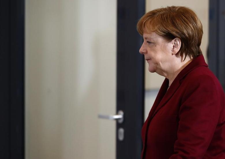 German Chancellor Angela Merkel during a meeting of the German Association of Local Utilities (VKU - Verband kommunaler Unternehmen) in Berlin, Germany, March 14, 2017.     REUTERS/Fabrizio Bensch