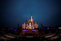 Un fonds spéculatif a rallié à lui d'autres actionnaires minoritaires pour faire obstacle au projet de Walt Disney de prendre le contrôle intégral d'Euro Disney, selon une lettre dont Reuters a pris connaissance. /Photo d'archives/REUTERS/Aly Song
