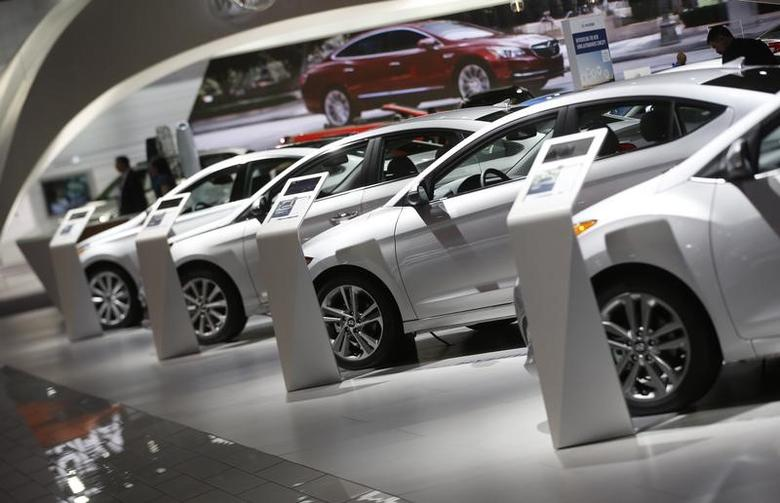 Hyundai vehicles are lined up in the company's presentation area during the North American International Auto Show in Detroit, Michigan, U.S., January 10, 2017.  REUTERS/Mark Blinch