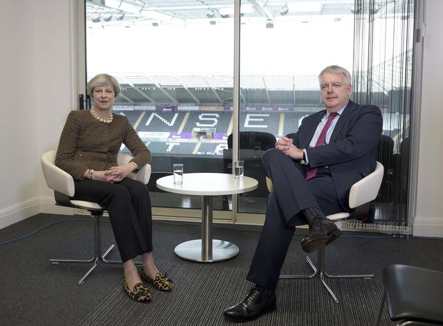 Britain's Prime Minister Theresa May meets Wales' First Minister Carwyn Jones at the Liberty Stadium in Swansea March 20, 2017. REUTERS/Ben Birchall/Pool