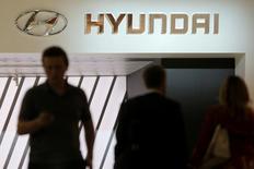 Hyundai Motor a bondi de 8,6% à la Bourse de Séoul mardi, sa plus forte hausse en une séance depuis août 2011, sur des spéculations autour d'une prochaine réorganisation de la structure actionnariale du groupe par sa maison mère. /Photo d'archives/REUTERS/Maxim Shemetov