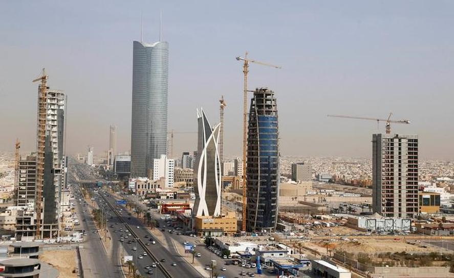 Saudi retains top oil supplier to China despite yr/yr drop - customs