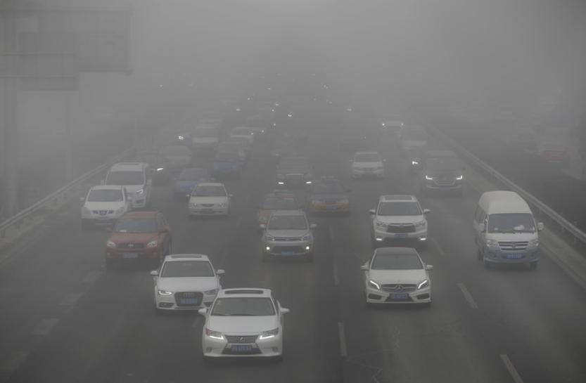 Smog-hit Beijing plans